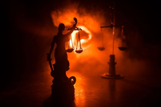 Justicia and fire