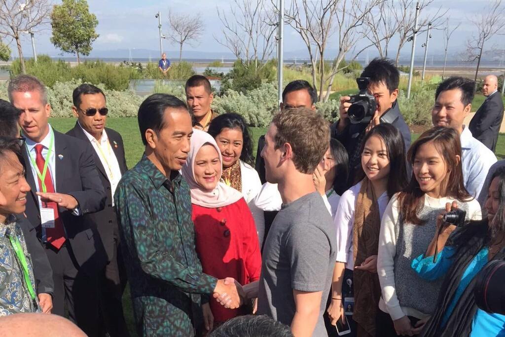 Presiden Jokowi didampingi Ibu Negara Iriana bertemu dengan Mark Zuckerberg dan Pegawai Facebook asal Indonesia.