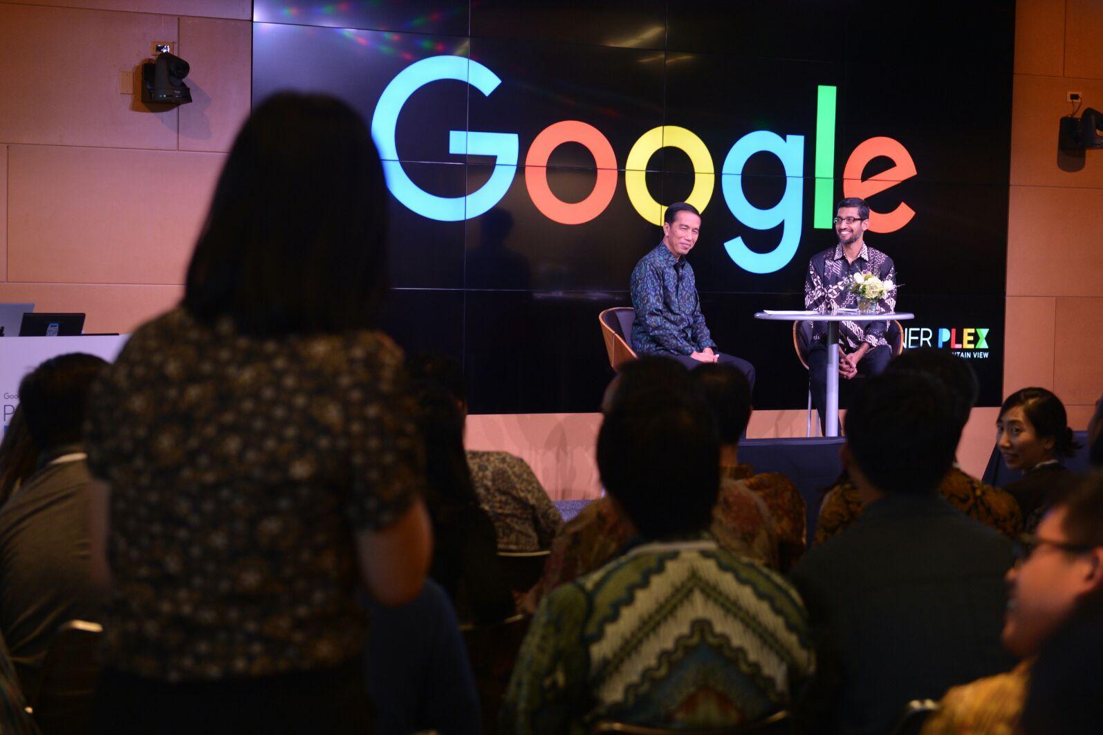 Presiden Jokowi berdialog dengan CEO Google Sundar Pichai di san Fransisco.