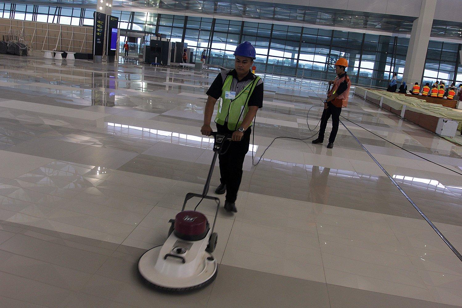 Terminal 3 Ultimate Bandar Udara Soekarno-Hatta, Tangerang, ditargetkan beroperasi pada Senin (20/6) pekan depan.