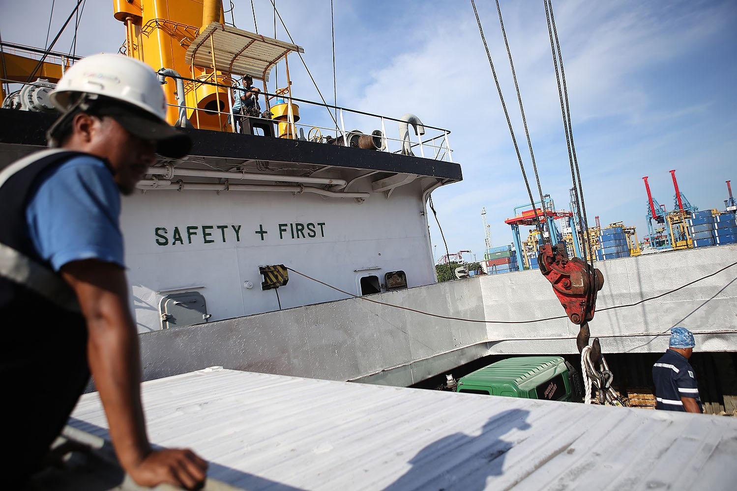 Kapal logistik yang digagas Kementerian Perhubungan ini dengan skema kerjasama sinergi Badan Usaha Milik Negara (BUMN).