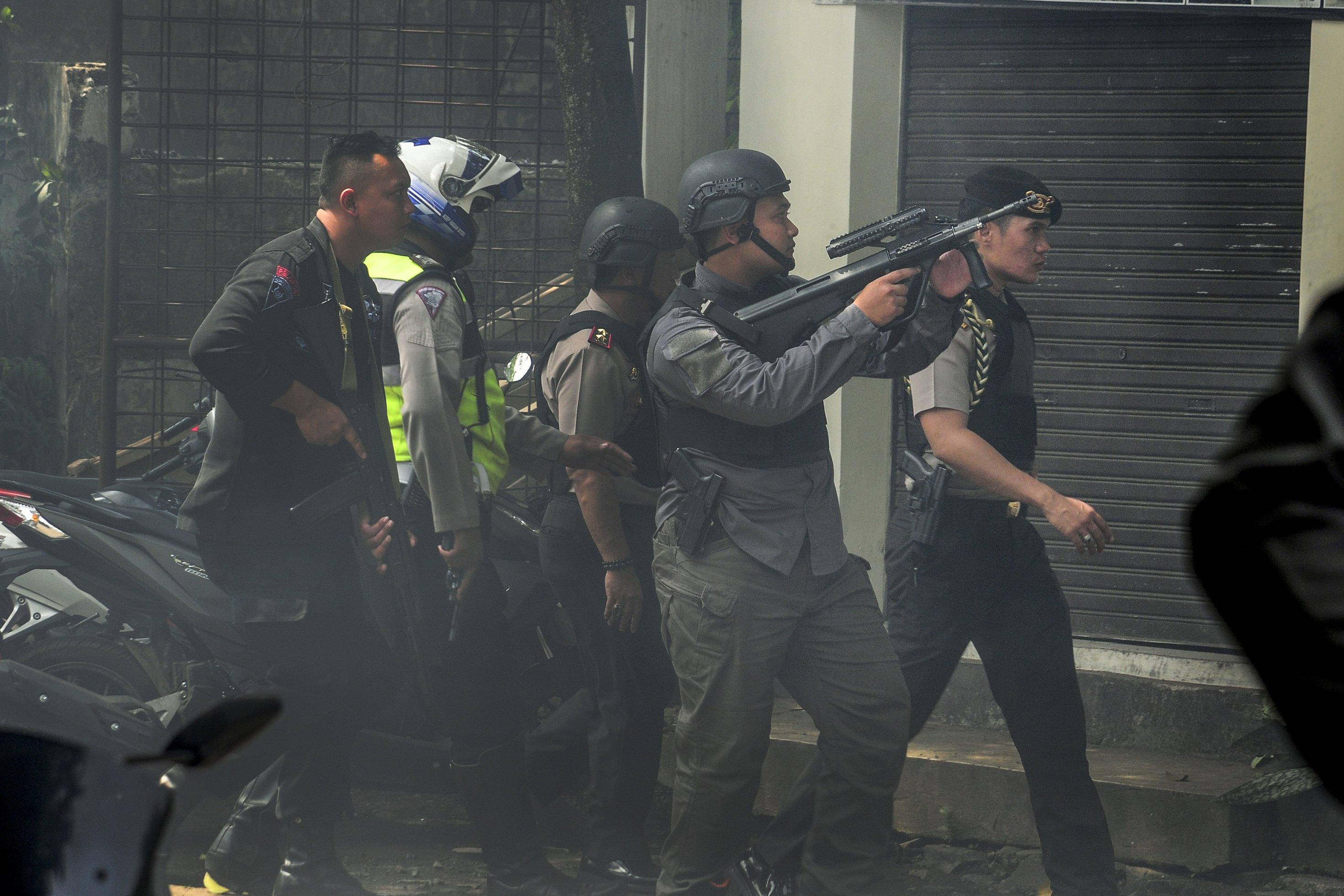 Taman Pandawa merupakan lokasi pertama kali bom diledakkan oleh dua pelaku terduga teroris sebelum diamankan oleh kepolisian di kantor kelurahan Arjuna, Bandung, Jawa Barat, Senin (27/2).