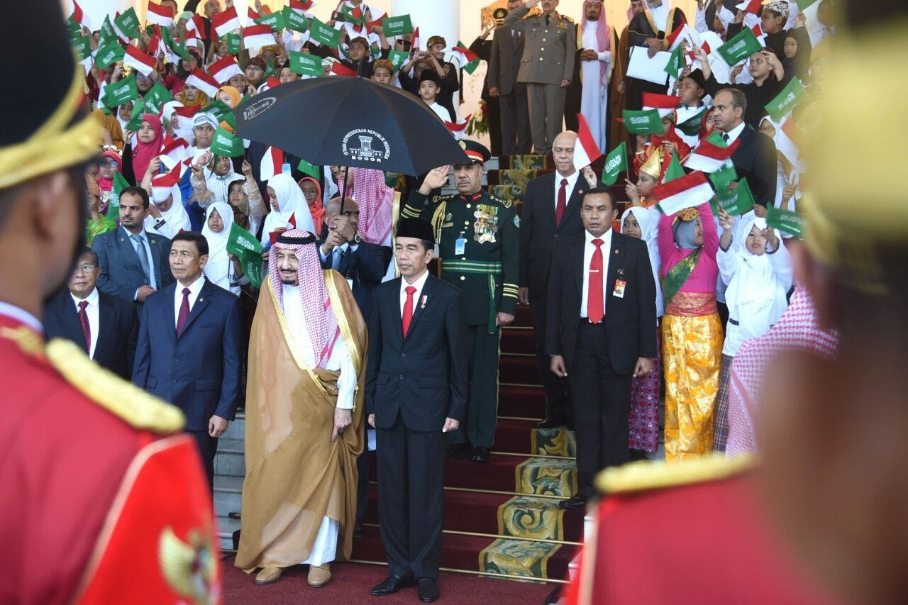 Presiden Joko Widodo menerima Raja Salman dari Arab Saudi di Istana Bogor, Jawa Barat, Rabu, (01/02).