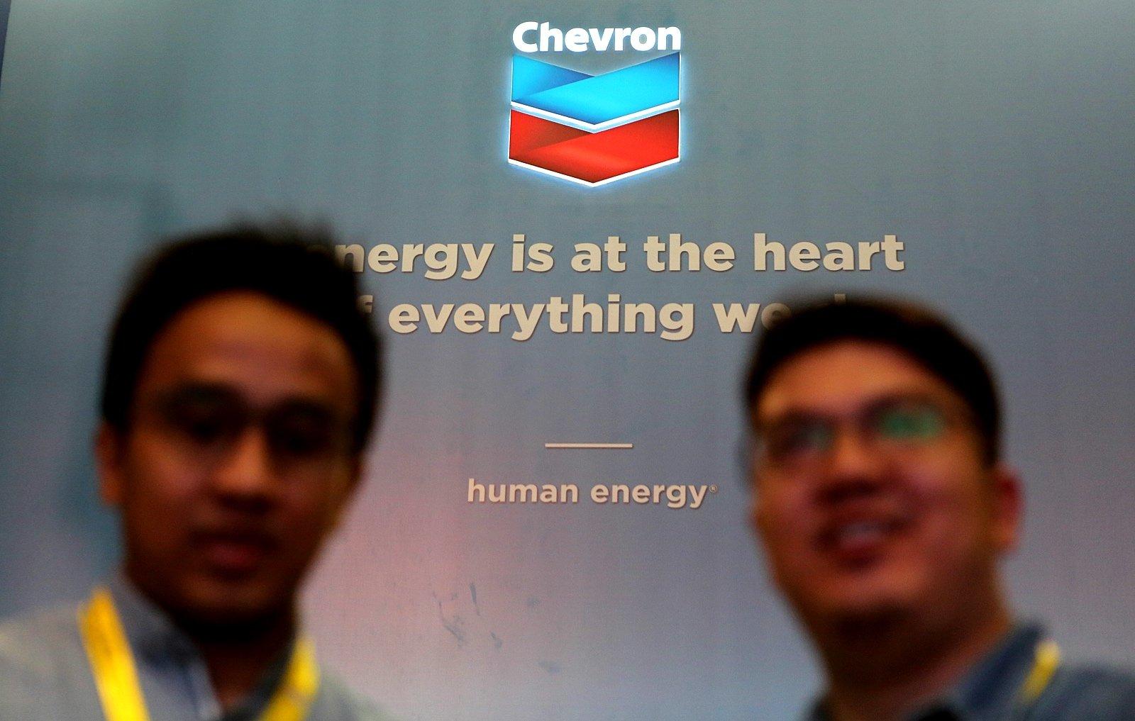 Stand pamer Chevron di ajang IPA Convex 2017, Jakarta. Rabu, (17/5).