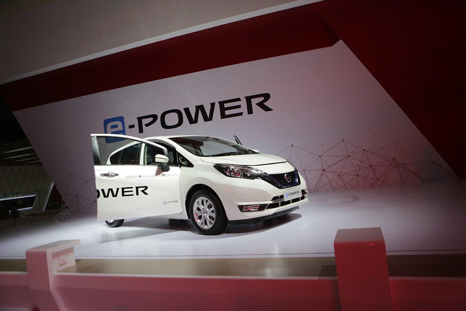 Mobil listrik Nissan E-Power di acara GIIAS 2017, Tangerang, Banten, Kamis (10/8).