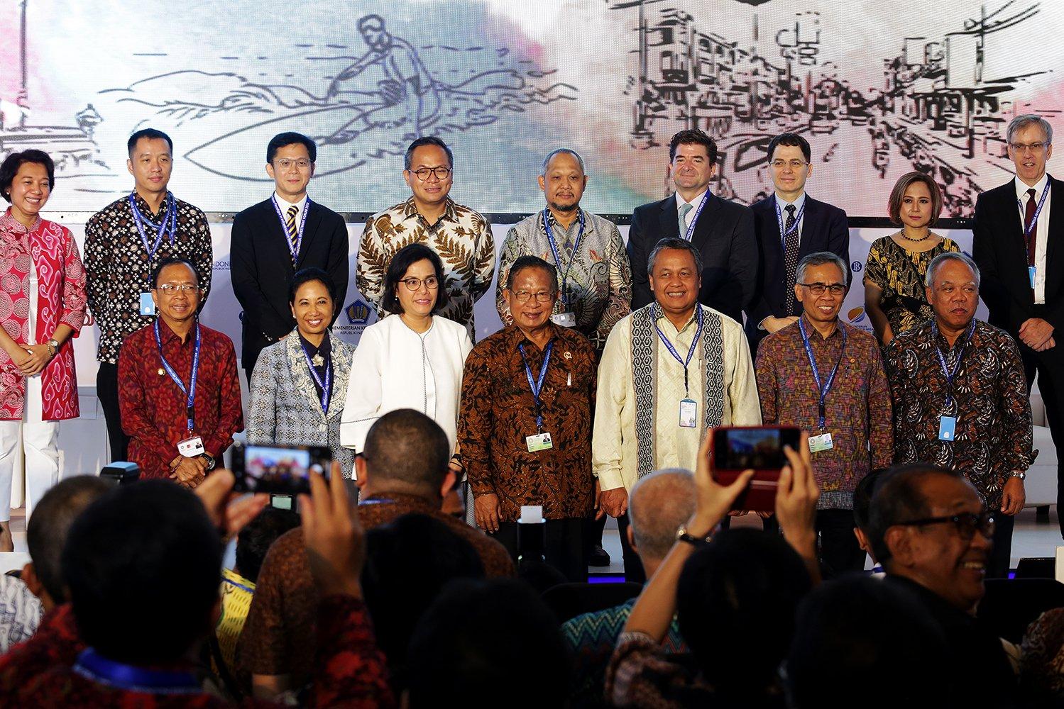 Indonesia Investment Forum 2018 salah satu topik pembiayaan infrastruktur ini dipilih mengingat Indonesia, sebagai negara berkembang, masih membutuhkan pembangunan infrastruktur. Salah satu kunci kesuksesan pembangunan tersebut adalah pembiayaan yang tak hanya bergantung kepada Pemerintah, melainkan didukung oleh pembiayaan swasta.
