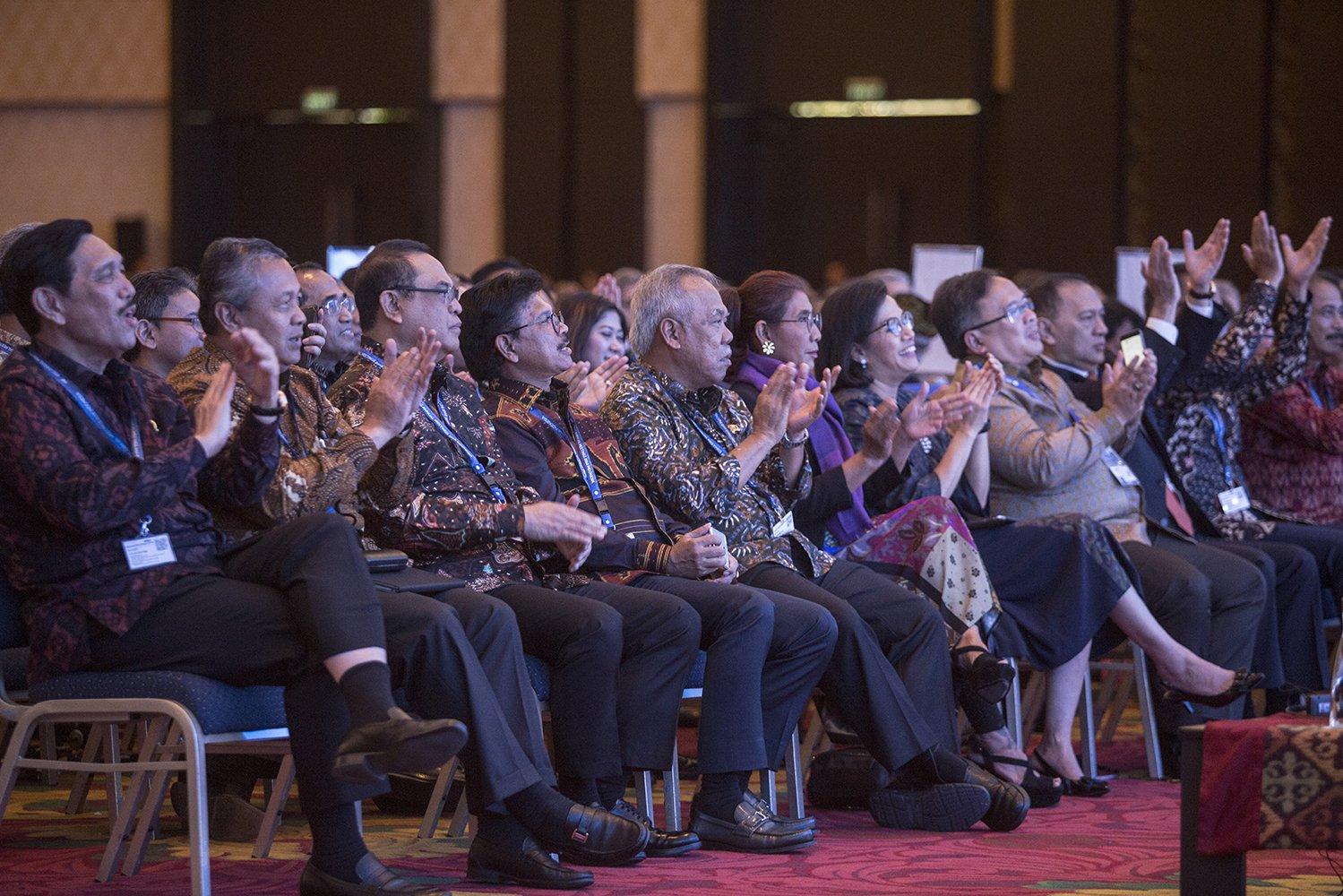 Presiden Joko Widodo menyampaikan agar negara-negara harus mengubah pola pikir mereka. Kerja sama dan koordinasi harus dilakukan untuk mencapai tujuan yang sama, seperti halnya kerja sama antarnegara telah membantu pemulihan dari krisis ekonomi global pada tahun 2008.