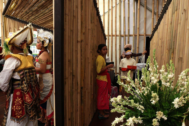 Paviliiun Indonesia juga menyajikan keindahan dan kearifan lokal dari seni budaya Indonesia yang dapat dirasakan langsung oleh pengunjung.