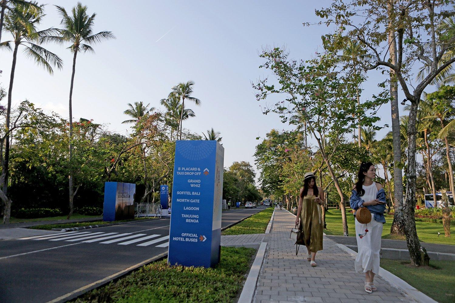 Nusa Dua yang merupakan kawasan penyelenggaraan Annual Meeting IMF-WB adalah pusat Indonesia Tourism Development Corporation (ITDC) atau PT Pengembangan Pariwisata Indonesia (Persero).