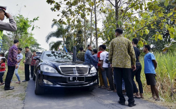 Mobil Dinas Presiden Jokowi Mogok