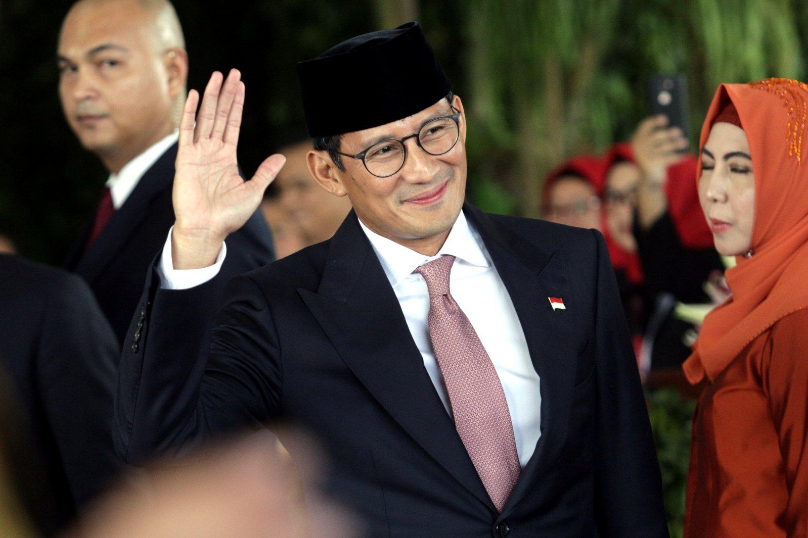 Sandiaga Uno tiba di lokasi upacara pelantikan Presiden Joko Widodo dan Wakil Presiden Ma\'ruf Amin di Gedung Nusantara, kompleks Parlemen, Senayan, Jakarta, Minggu (20/10/2019).