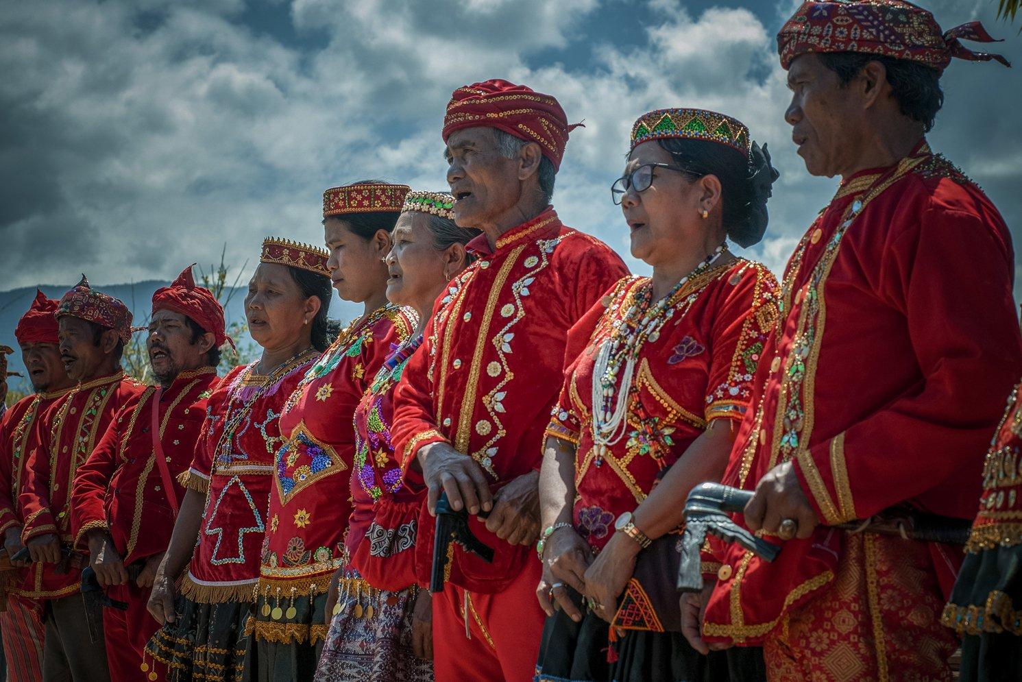 Kehadiran lembaga adat di peternakan leluhur itu bukan tanpa alasan, karena seluruh hasil peternakan hanya akan didistribusikan untuk kegiatan-kegiatan yang bersifat tradisi yang melanggengkan adat.