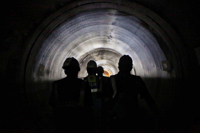 Tembusnya terowongan headrace tunnel setelah melalui proses konstruksi selama 2,5 tahun menjadi salah satu bukti keseriusan PLN dalam menyediakan tenaga listrik khususnya di Jawa Barat.