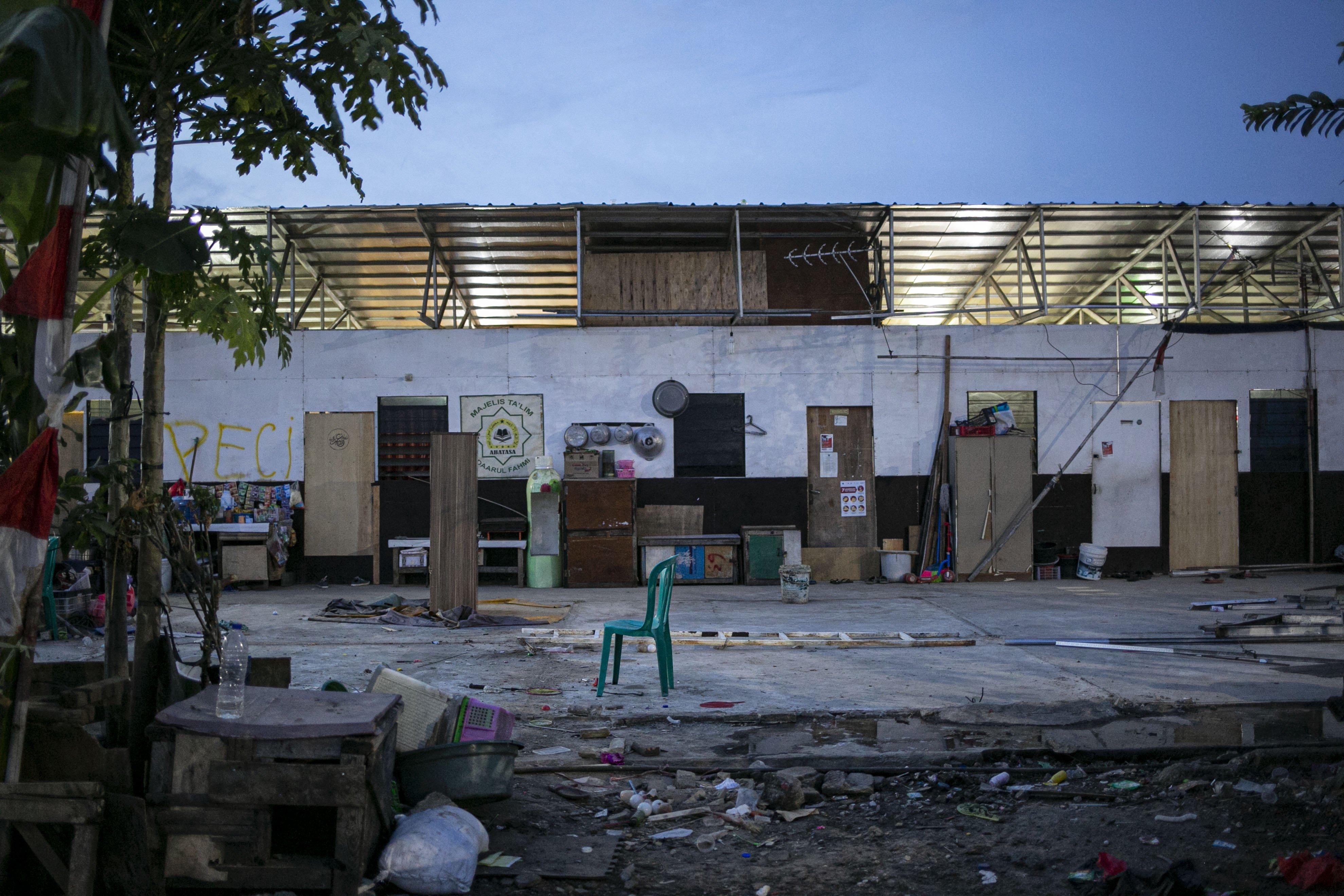 Dalam kolaborasi itu, warga disebutnya telah memberikan desain awal Kampung Akuarium kepada Pemprov DKI untuk diteruskan menjadi desain perencanaan oleh Dinas Perumahan dan Permukiman DKI Jakarta.\r\n