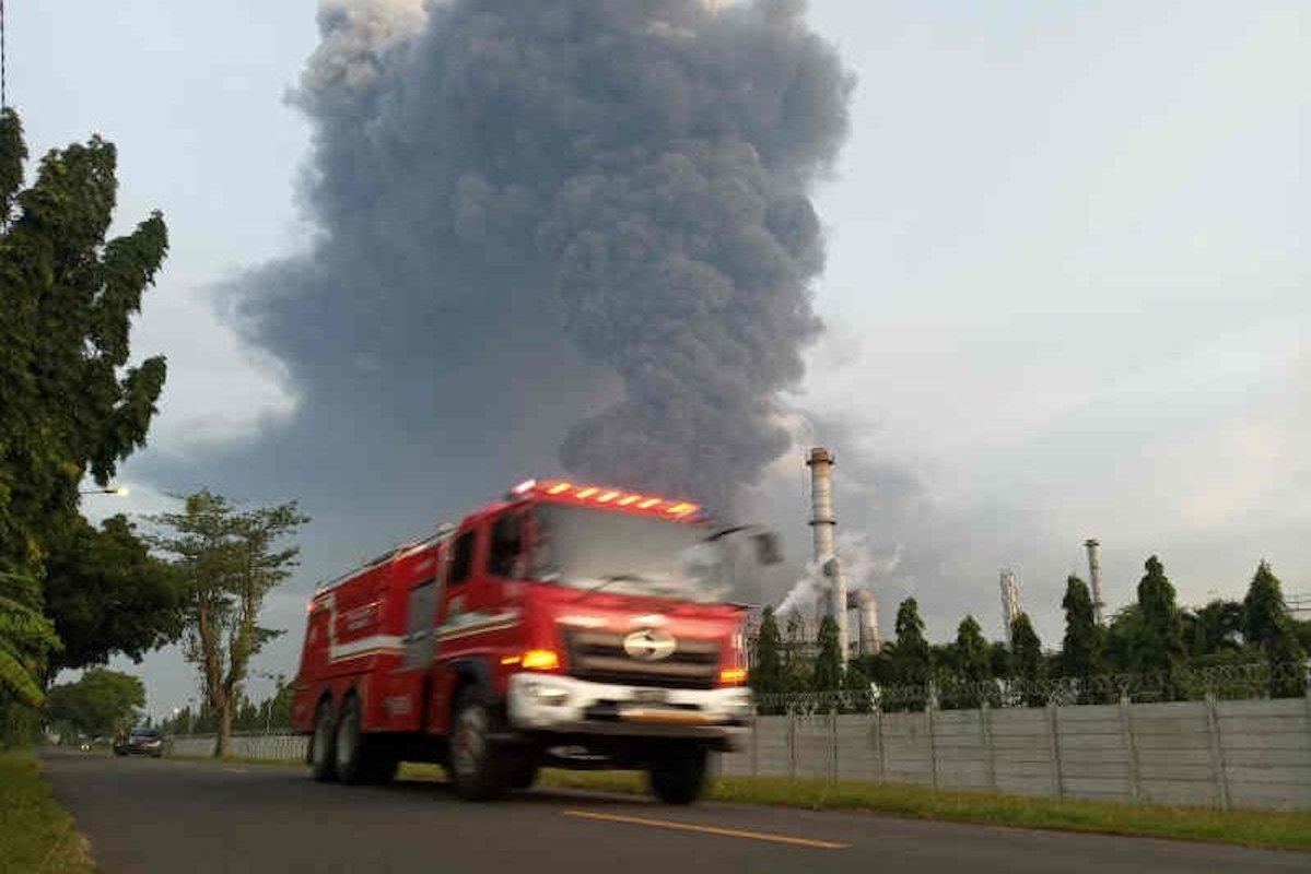 Kebakaran Kilang Balongan terbakara pada pukul 00.45 WIB, Senin (29/3).