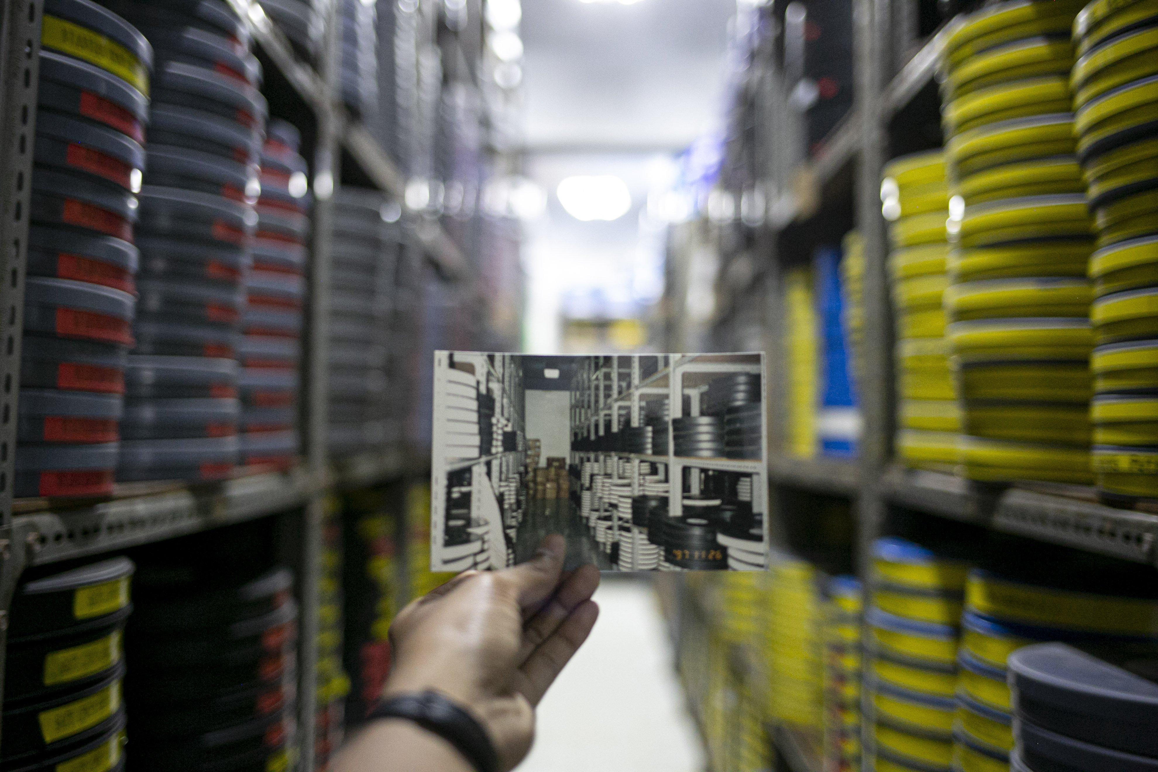 Foto jaman dulu gudang gulungan film seluloid di Gedung Sinematek, jalan HR. Rasuna Said, RT.2/RW.5, Karet Kuningan, Kecamatan Setiabudi, Kota Jakarta Selatan.