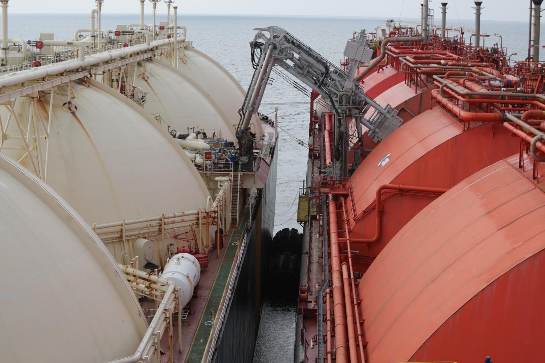 Nusantara Regas Terima LNG Perdana Blok Mahakam