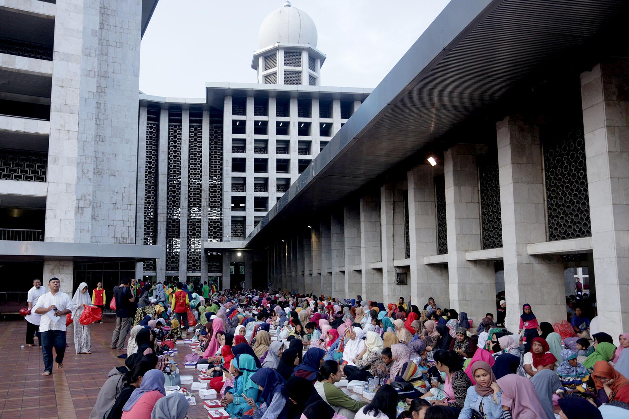 Bukber di Istiqlal