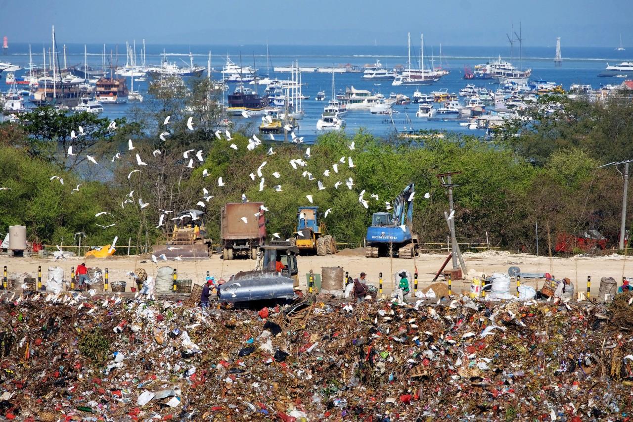 Limbah Plastik Pulau Dewata