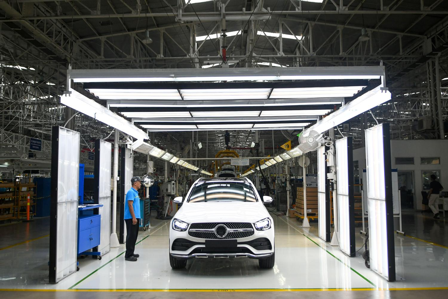 PERAKITAN LOKAL NEW GLC DAN NEW GLE MERCEDES-BENZ