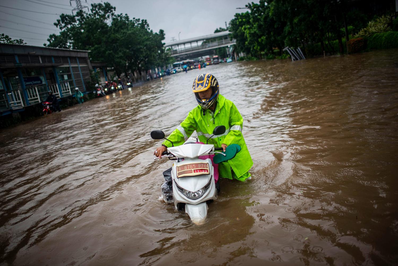 Foto Banjir Dan Hujan Deras Di Seantero Jakarta Foto