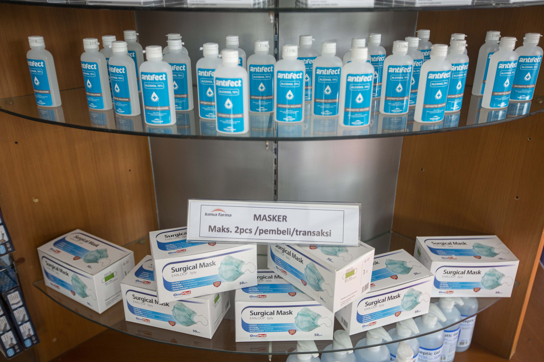 Kimia Farma Batasi Pembelian Masker