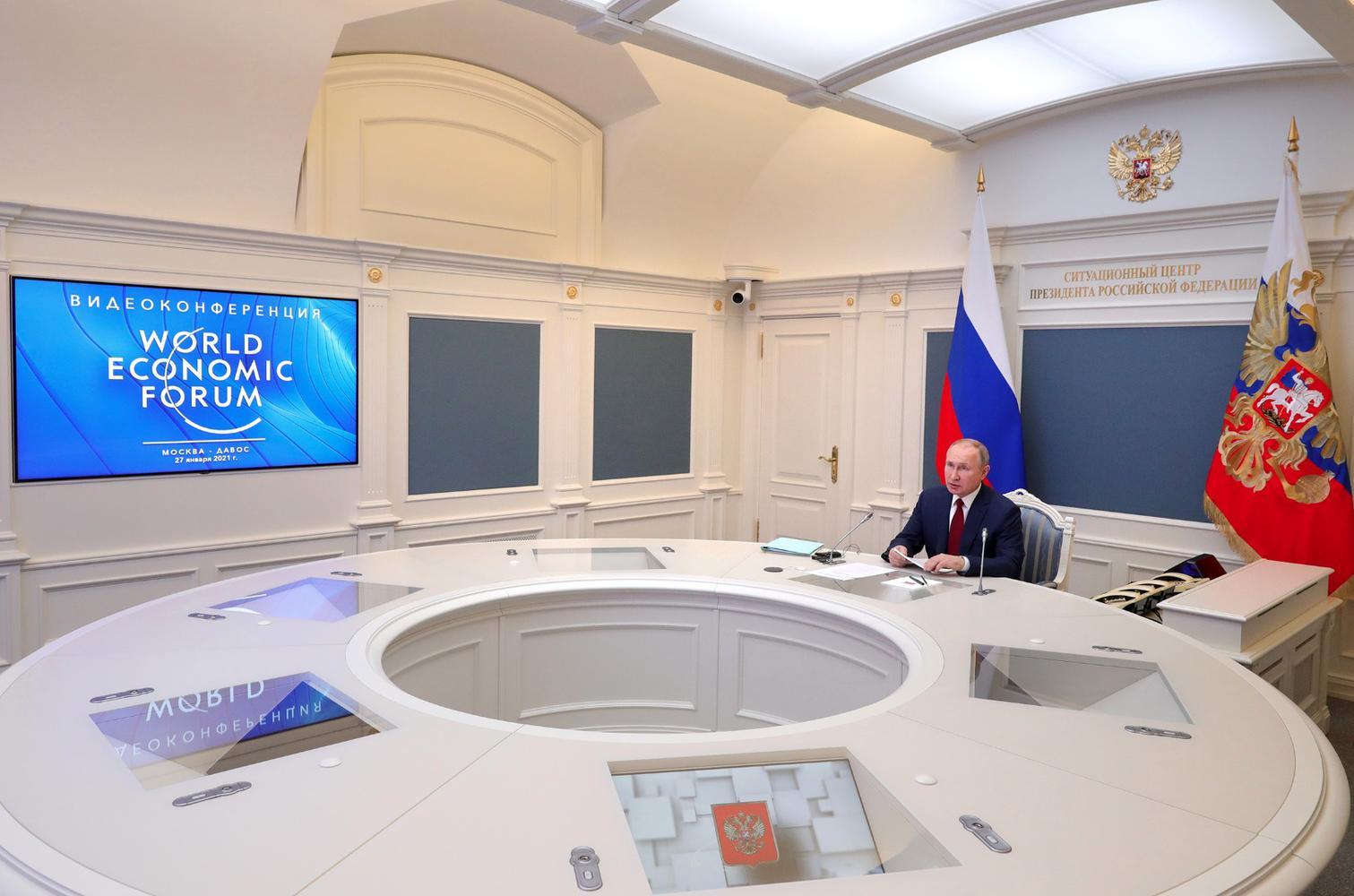 DAVOS-MEETING/PUTIN