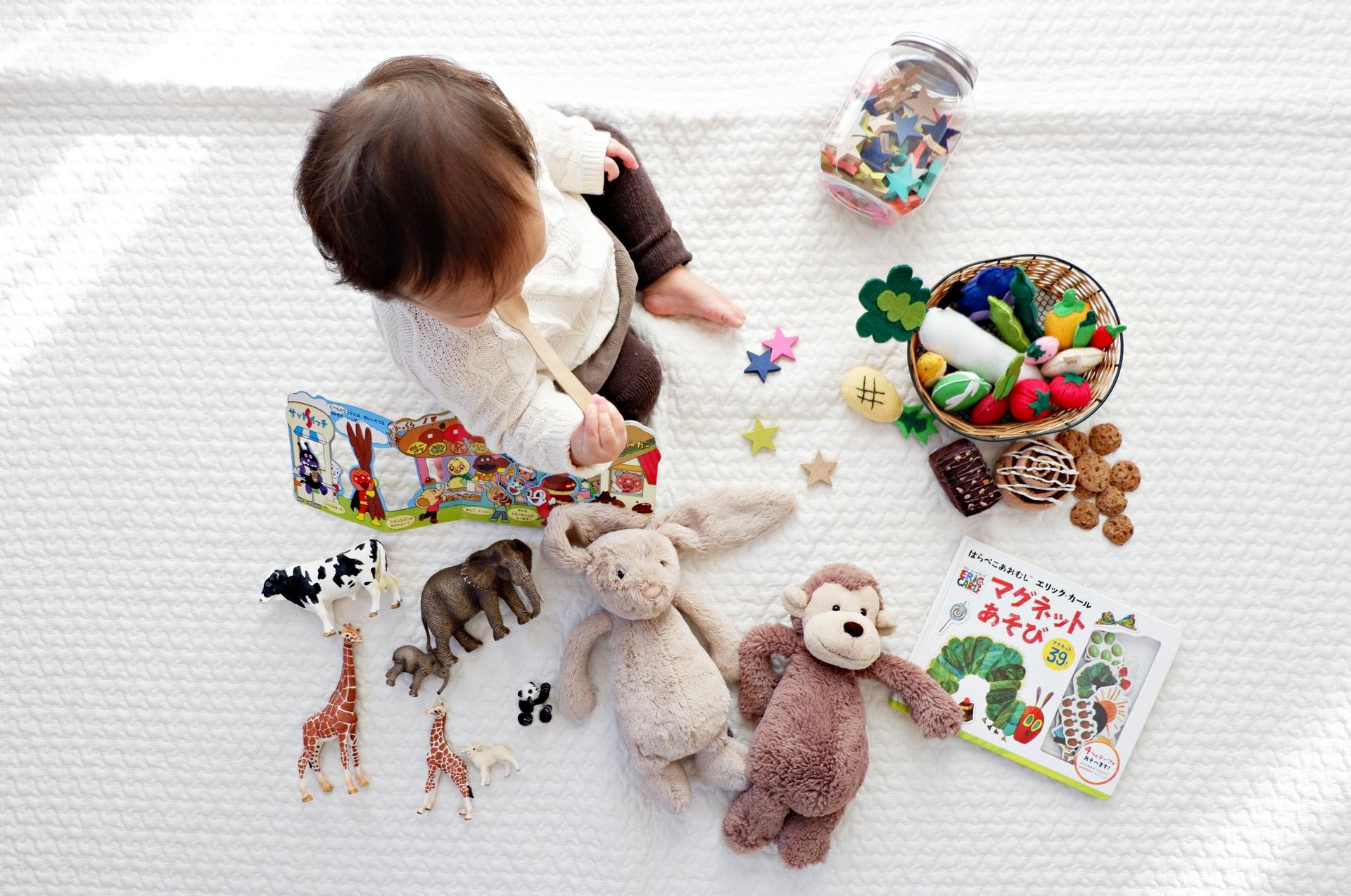Ilustrasi perlengkapan mainan untuk bayi