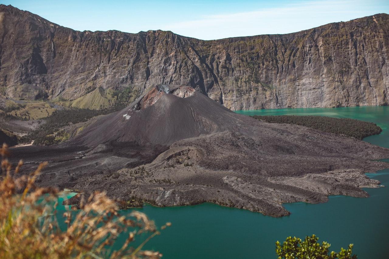 Pemandangan alam di kawasan Gunung Rinjani, Lombok, Nusa Tenggara Barat