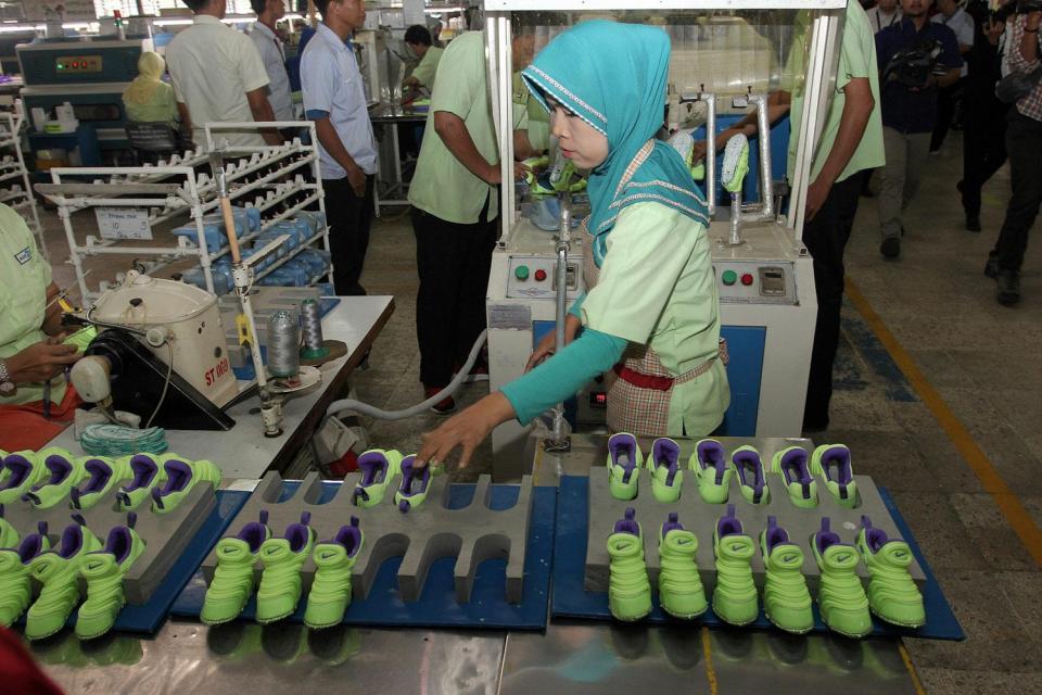 . Tangkal Impor, Menperin Ingin Industri Alas Kaki Dikenakan Safeguard