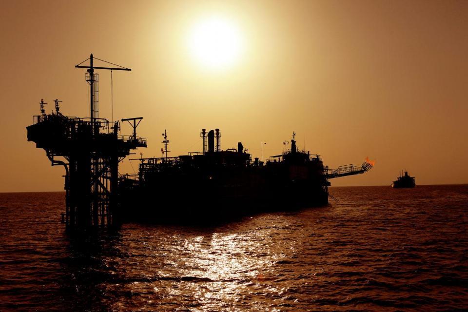 harga minyak, perang dagang as tiongkok, konflik as iran