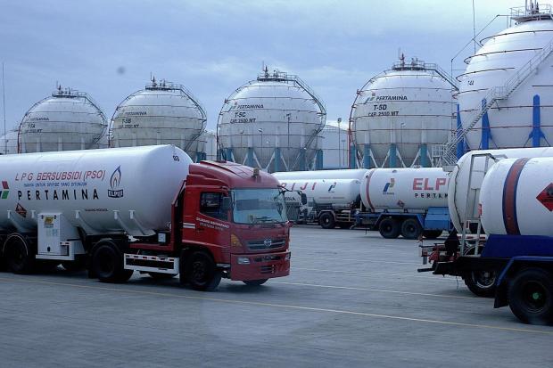 Kilang depot pengisian LPG di Tanjung Priok, Jakarta