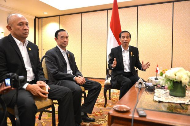 Presiden Joko Widodo dan Menteri Perdagangan Thomas Lembong di sela KTT ASEAN-AS di Amerika Serikat