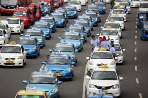 Demo Taksi & Bajaj