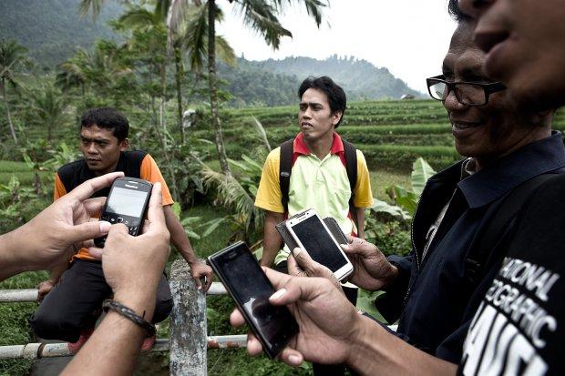 data jumlah pengguna internet di Indonesia, APJII