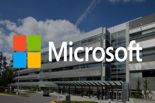 Microsoft Buat Pusat Data di Indonesia, Jokowi Soroti Talenta Digital