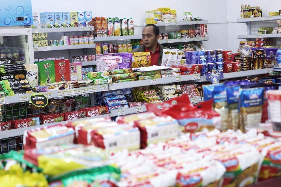 Ilustrasi toko ritel. Kementerian BUMN akan mengarahkan perusahaan miliknya untuk menggarap bisnis ritel mulai dari desa.