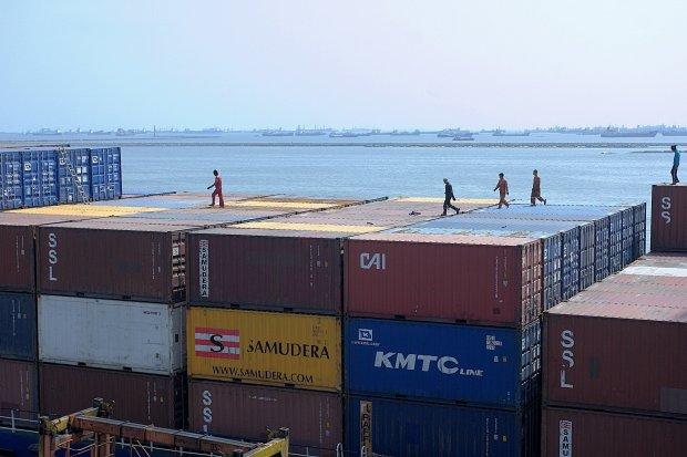 Kontainer, Pelabuhan, Ekspor, Impor, pandemi corona, Covid-19, perdagangan.