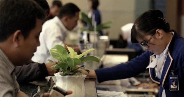 SMMA Bank China Construction Jual Saham Baru 65%, Sinar Mas Siap Beli | Katadata News