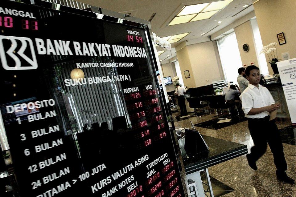 OJK Ingin Perkecil Selisih Bunga Deposito Bank Besar dan ...
