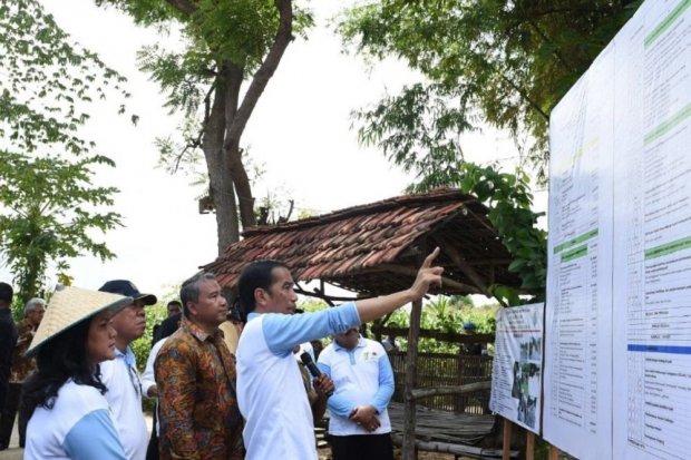 Jokowi Tinjau Dana Desa