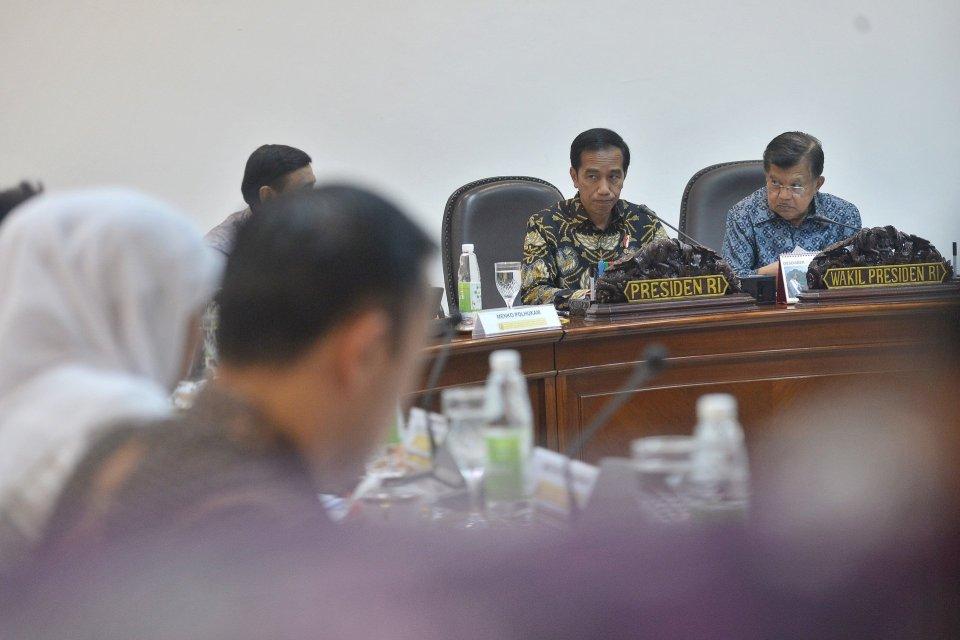Jokowi Ultimatum Kebijakan Investasi dan Ekspor