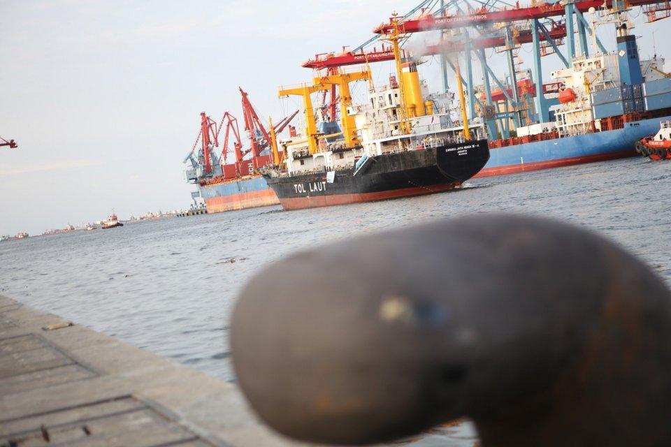 sengketa pelabuhan marunda