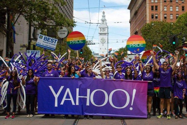 Softbank, Yahoo, LINE