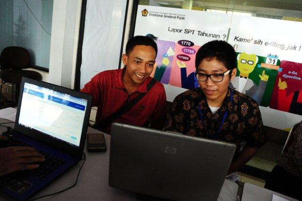 E-FILING MEMUDAHKAN WAJIB PAJAK
