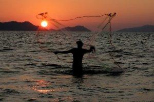 Masyarakat Nelayan Pesisir