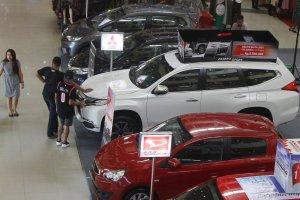 Target Produksi Mobil