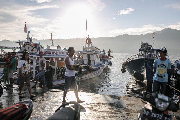 Pelabuhan perikanan samudera Bitung