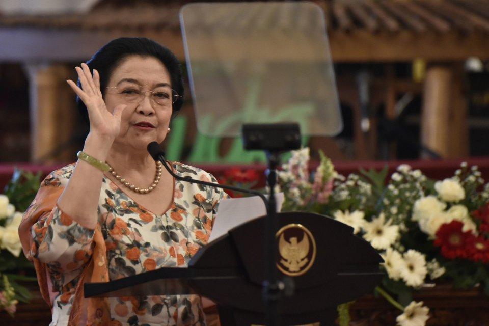 Ani Yudhoyono, SBY, Megawati