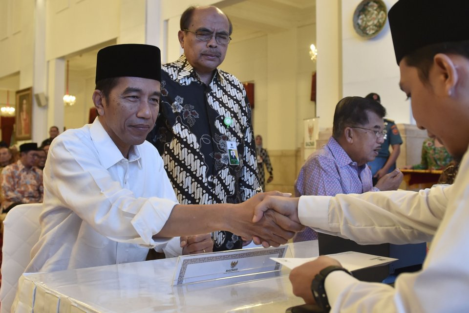 Jokowi Zakat